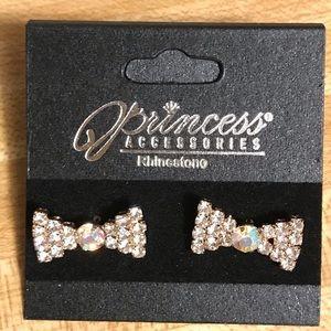 🌸 Bow Earrings